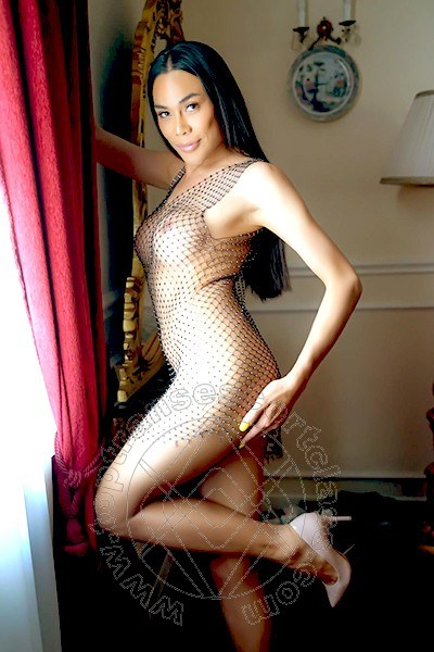 Linda Thai  MESTRE 3895085672